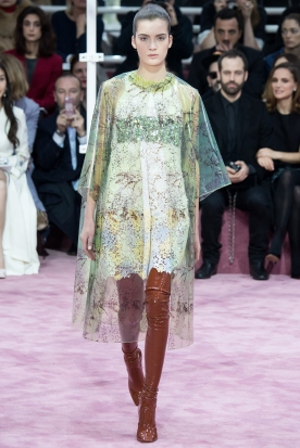 Christian Dior's glittery spring-style-behind_1