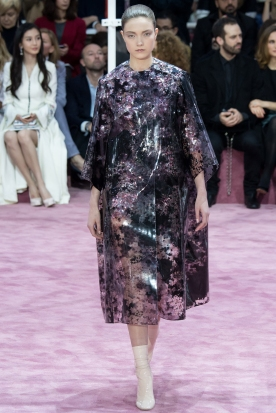 Christian Dior's glittery spring-style-behind_13