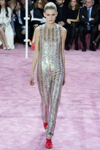 Christian Dior's glittery spring-style-behind_16