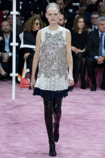 Christian Dior's glittery spring-style-behind_17
