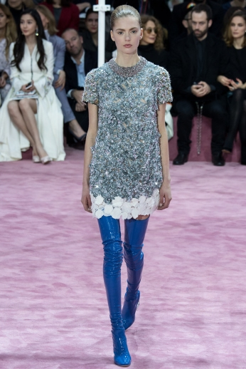 Christian Dior's glittery spring-style-behind_18