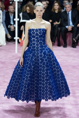 Christian Dior's glittery spring-style-behind_19