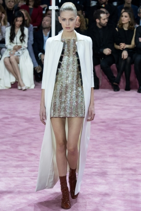 Christian Dior's glittery spring-style-behind_23