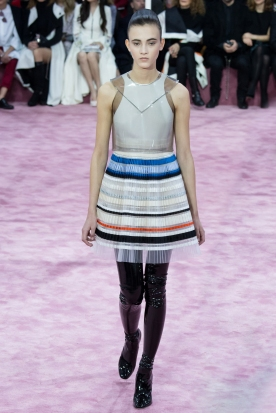 Christian Dior's glittery spring-style-behind_3