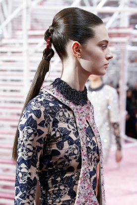 Christian Dior's glittery spring-style-behind_37