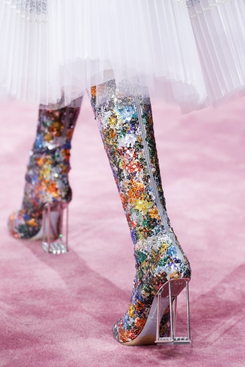 Christian Dior's glittery spring-style-behind_44