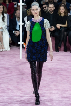 Christian Dior's glittery spring-style-behind_5