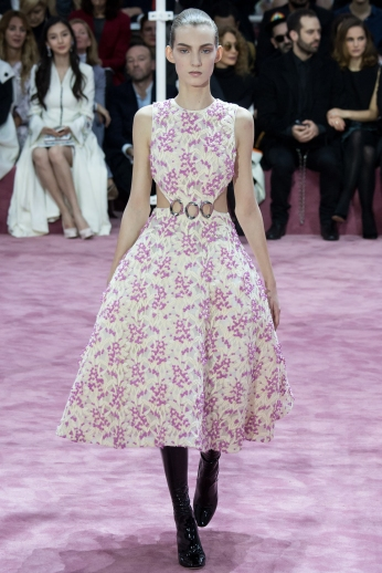 Christian Dior's glittery spring-style-behind_8