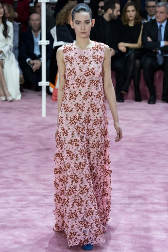 Christian Dior's glittery spring-style-behind_9