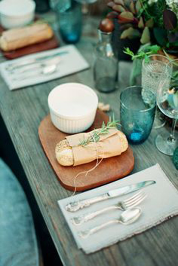 table-decor_style-behind_11