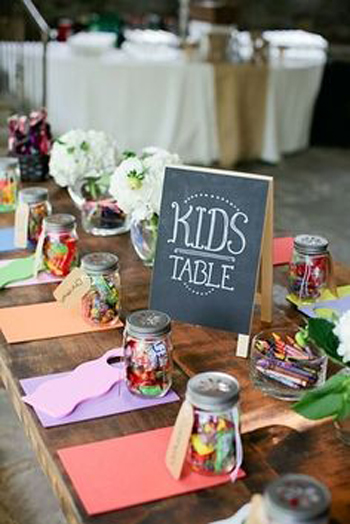 table-decor_style-behind_12