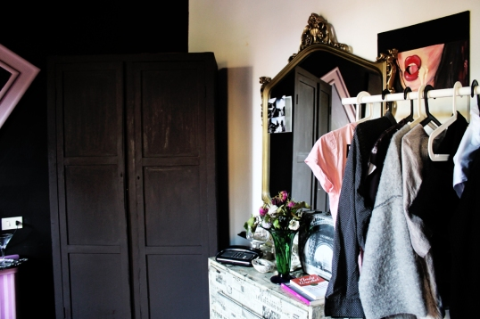 a-pink-home_style-behind_17