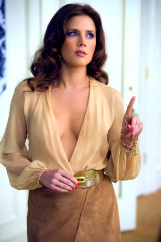 Amy Adams as Sydney Prosser in a super sexy 70's look. American Hustle, David O.Russel (2013)