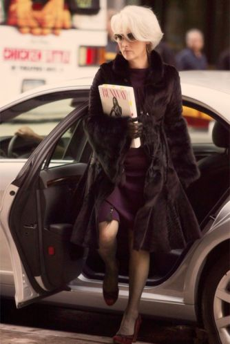 Meryl Streep as Miranda Priestly stepping out of her town car. The Devil Wears Prada, David Frankel (2006)