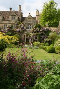 Cotswolds, England ph. Mijkra
